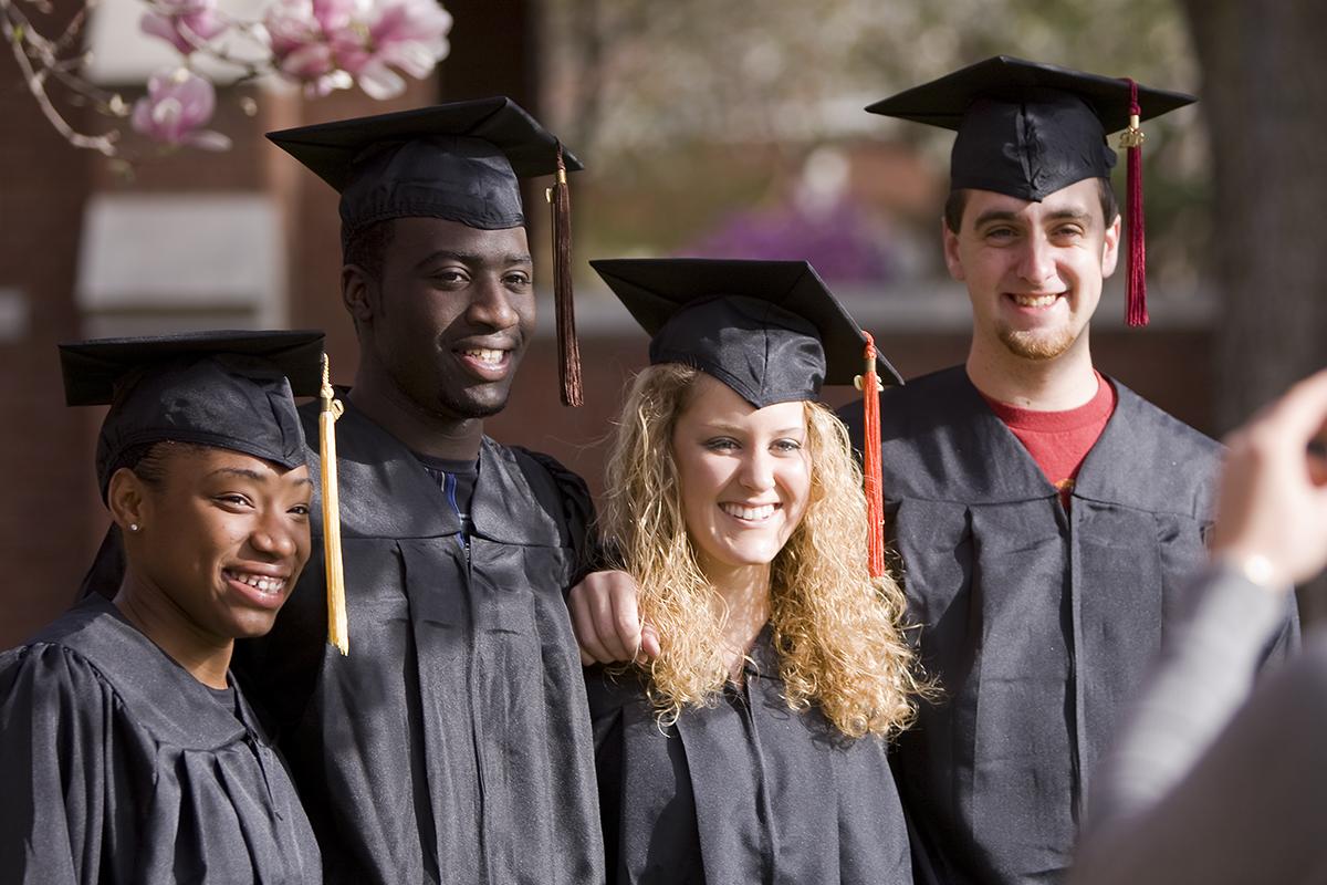 Graduating students, photo by Iowa State University