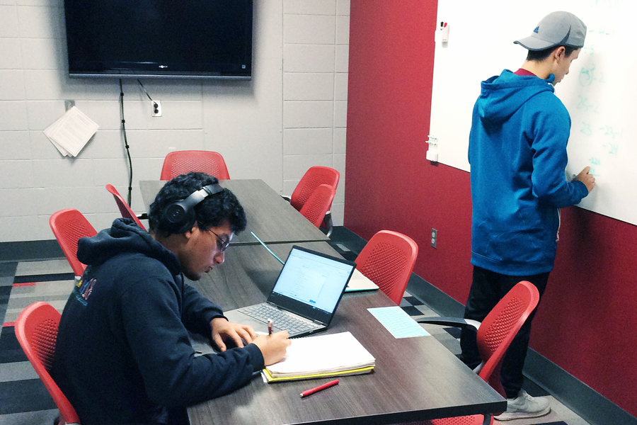 Students collaborating in Kildee conference room